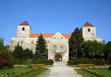 Thuri- vár Várpalota